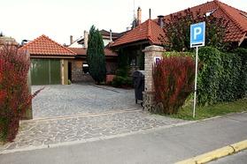 fee336e6a Ubytovanie v Topoľčanoch - Penzión Barock
